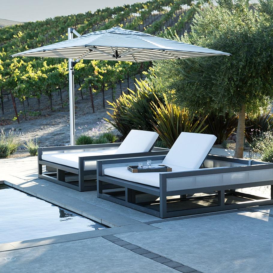 Camas Solares y Tumbonas JANUS et Cie Duo Enclosed Daybed Square