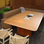 Mesa de Conferencias Coalesse Host